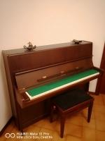 Prodam pianino Petrof
